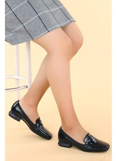 Ayakland Ayakland N0670-15 Kırık Rugan Taşlı Kadın Ayakkabı Siyah